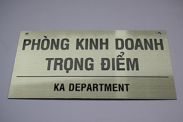 Bien-chi-dan-cong-ty-1.jpg