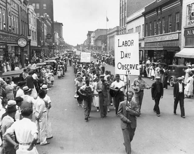 Cuộc biểu tình trên đường phố