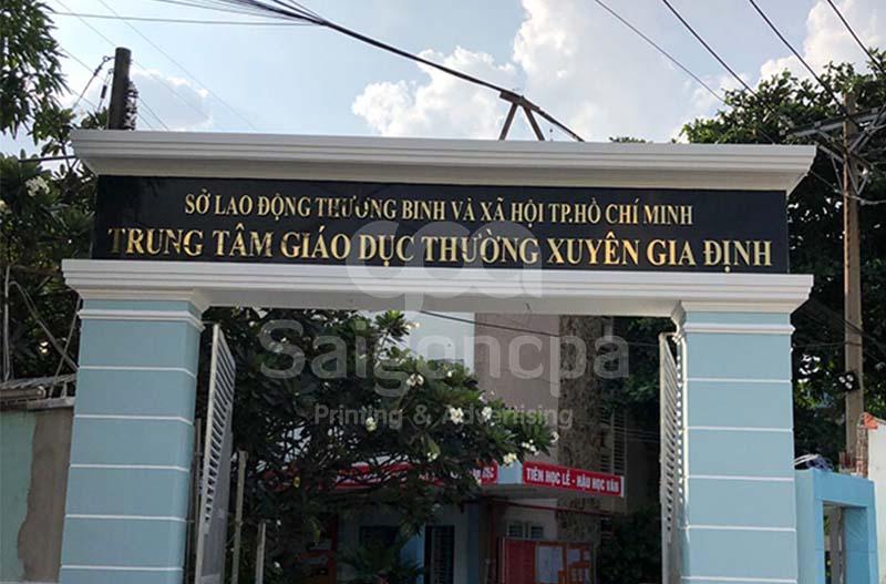 gia-cong-chu-inox-vang-8.jpg